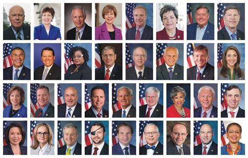 美國國會參眾兩院的三十四位議員致信聲援法輪功學員,譴責中共侵犯人權的惡劣行徑,要求停止迫害法輪功。(二零二零年七月二十日)
