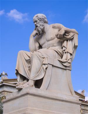 圖:當代希臘國立雅典學院(Academy of Athens)前的蘇格拉底雕像,作者為十九世紀雕塑家德羅西斯(Leonidas Drosis)和皮卡雷利(Attilio Picarelli)。(網絡圖片)